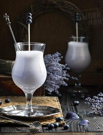 молочный коктейль с медовой настойкой