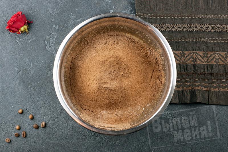 Кофейный брауни с ликёром
