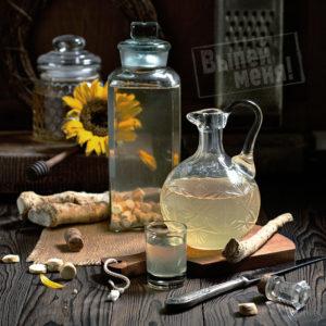 Классический рецепт хреновухи с мёдом на водке