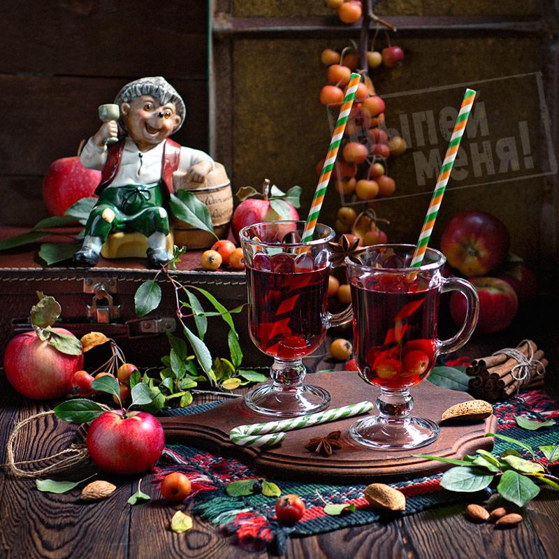 яблочный глинтвейн с ликером амаретто